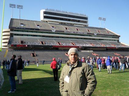 Figura 4 – Visita técnica – STMA- Campo de futebol americano - Texas A&M